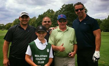 Sheet metal contractors enjoying golf outing
